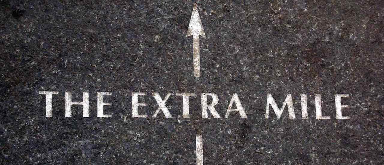 Extra Miler - Zusammenhang mit Teamleistung